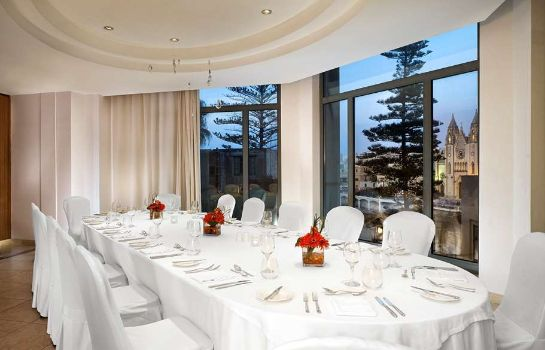 Restaurante Le Meridien St. Julians Hotel & Spa