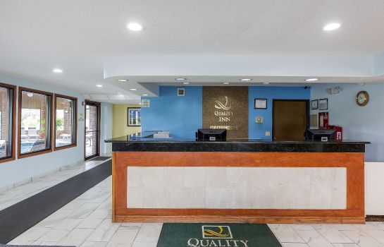 Hotelhalle Quality Inn Sycamore