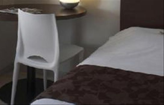 Chambre double (standard) Kyriad Lille Centre Gares