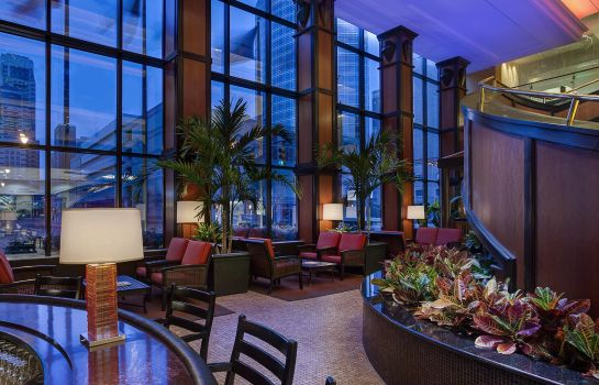 Hotel-Bar Amway Grand Plaza Curio Collection by Hilton