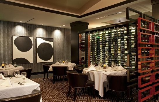 Restaurante Amway Grand Plaza Curio Collection by Hilton