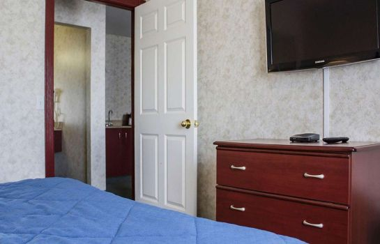 Camera Quality Inn & Suites Edmonton International Airport