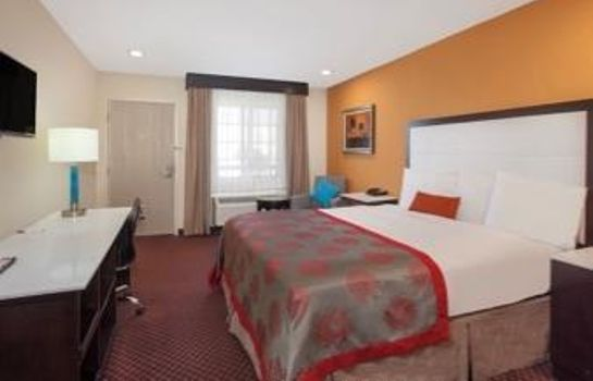 Room RAMADA CULVER CITY