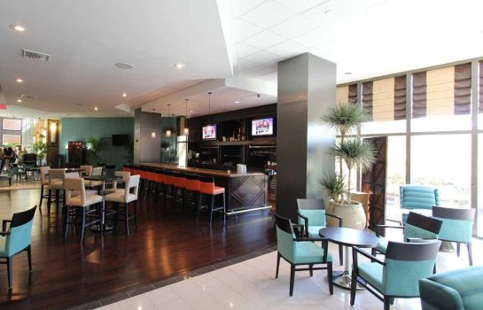 Hotel bar DoubleTree by Hilton Miami Airport - Convention Center