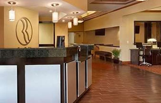Lobby Delta Hotels Grand Rapids Airport