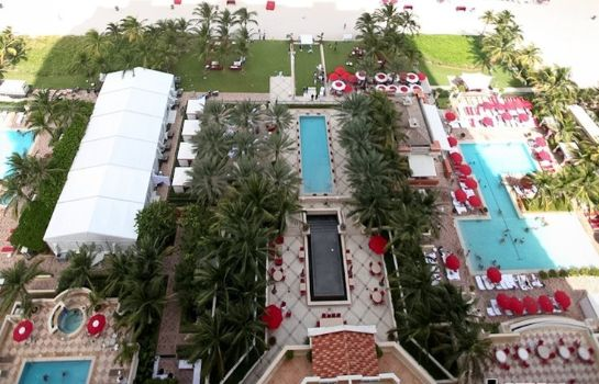 Info Acqualina Resort and Spa