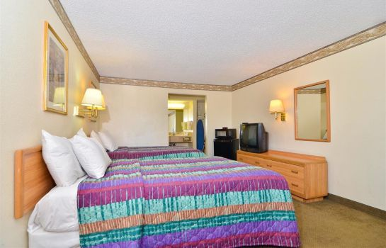 Zimmer Americas Best Value Inn Hesperia
