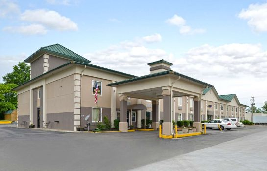Exterior view Econo Lodge Benton