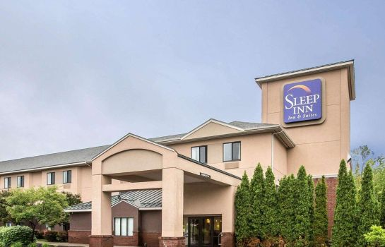 Vista esterna Sleep Inn & Suites