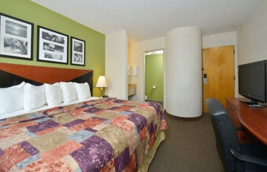 Suite Sleep Inn I-95 North Savannah