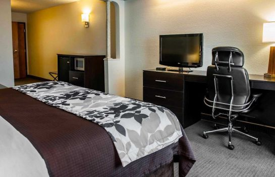 Kamers Sleep Inn & Suites