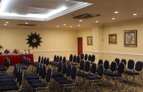 Conference room KNUTSFORD COURT HOTEL
