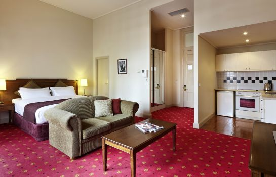 Suite Grand Hotel Melbourne MGallery by Sofitel