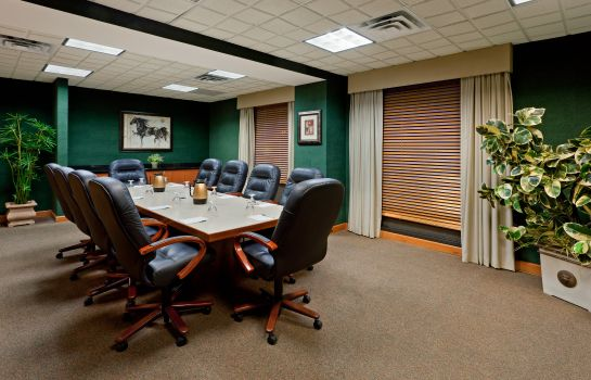 Conference room LA QUINTA INN STE GARDEN CITY