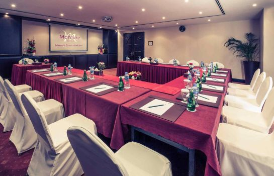 Conference room Mercure Grand Hotel Seef - All Suites