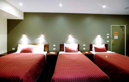 Room ibis Styles Melbourne The Victoria Hotel