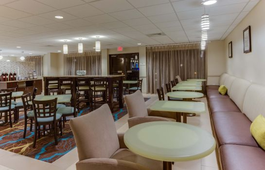 Restaurant La Quinta Inn & Suites by Wyndham Bonita Springs Naples N. La Quinta Inn & Suites by Wyndham Bonita Springs Naples N.