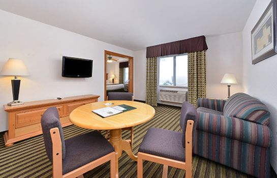 Kamers AMERICAN INN AND SUITES