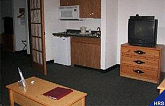 Zimmer Boarders Inn and Suites Wautoma