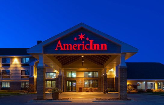 Außenansicht AmericInn Lodge & Suites Madison South