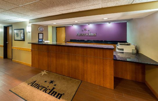 Empfang AmericInn Lodge & Suites Madison South