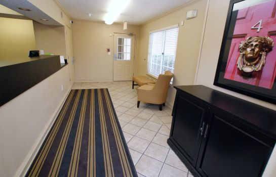 Hall Extended Stay America - Raleigh - Crabtree Valley
