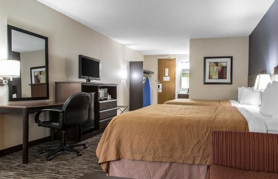 Suite Quality Inn and Suites Danbury near Univ
