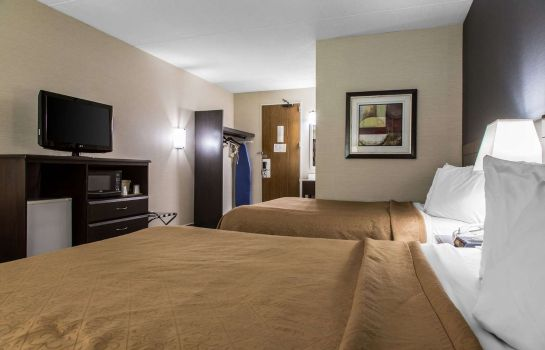 Zimmer Quality Inn and Suites Danbury near Univ