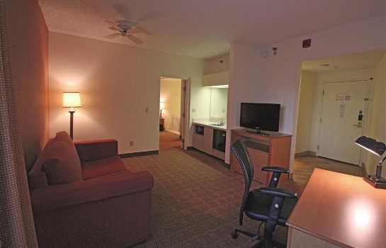 Suite La Quinta Inn Ste Orlando South
