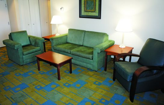 Suite La Quinta Inn and Suites Nashville Franklin