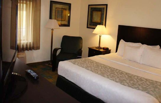 Zimmer La Quinta Inn and Suites Columbia NE Fort Jackson