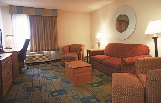 Suite La Quinta Inn Ste East