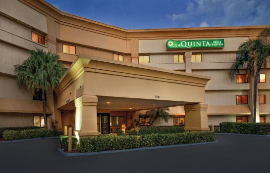 Vista exterior La Quinta Inn and Suites Miami Airport East