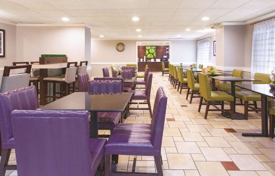Restaurant La Quinta Inn Ste Miami Airport East