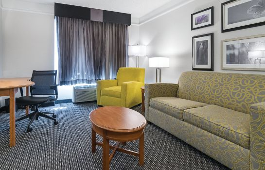 Suite La Quinta Inn and Suites Miami Airport East