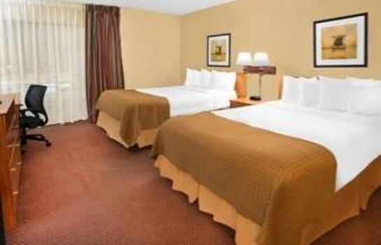 Zimmer BAYMONT INN & SUITES MADISON W