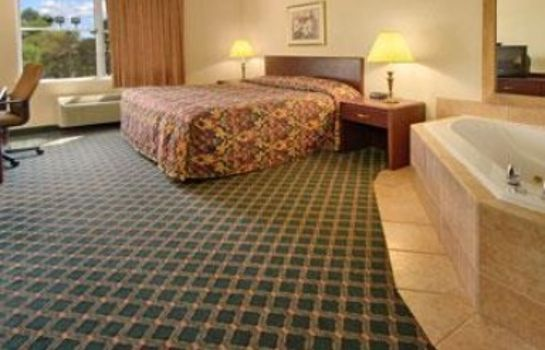 Suite BAYMONT INN & SUITES GRAND RAP