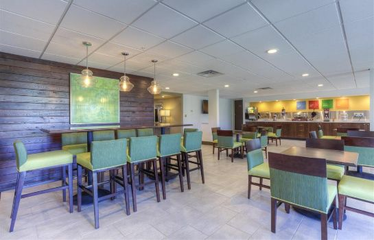 Restaurant Comfort Inn & Suites Lexington