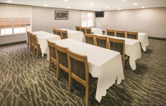 Conference room La Quinta Inn & Suites Dallas/Mesquite