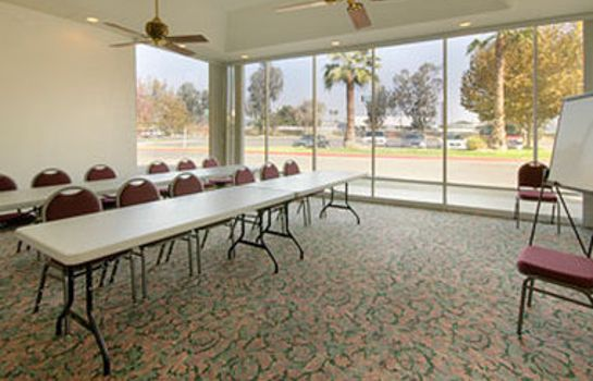 Tagungsraum Days Inn by Wyndham Bakersfield