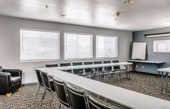 Conference room Clarion Hotel By Humboldt Bay