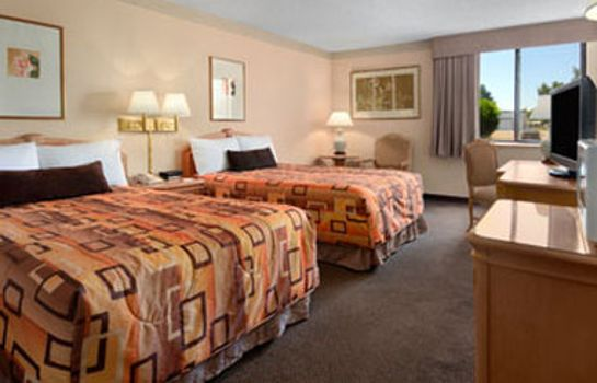 Chambre Inn  of the Rio Grande Hotel and Conference Ctr