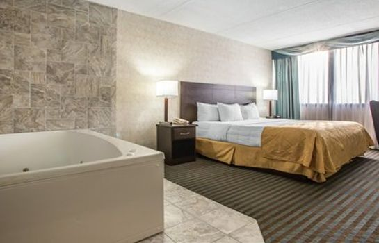 Suite Clarion Hotel & Convention Center