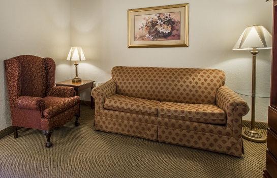Zimmer Econo Lodge Inn & Suites Marianna