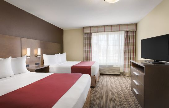 Suite MN  Albert Lea Country Inn and Suites by Radisson
