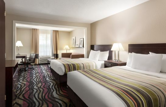 Suite Birmingham Country Inn And Suites By Carlson