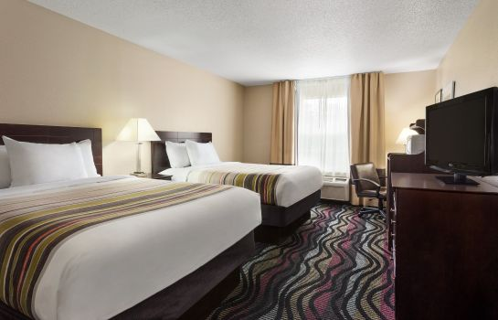 Zimmer Birmingham Country Inn and Suites by Radisson