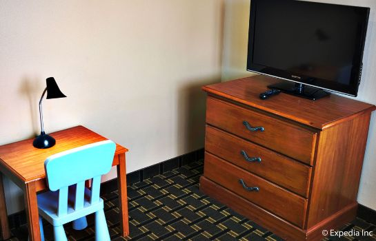 Information Stanford Inn & Suites Anaheim