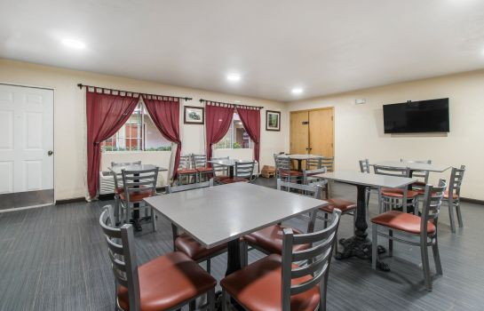 Restauracja Quality Inn & Suites Redwood Coast