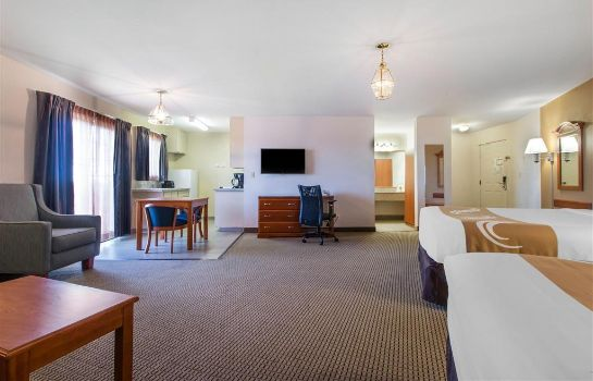 Suite Quality Inn and Suites Crescent City Red